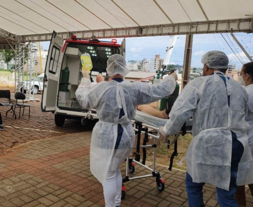 SC segue em colapso com UTIs lotadas e mais de 200 pessoas na fila dos hospitais