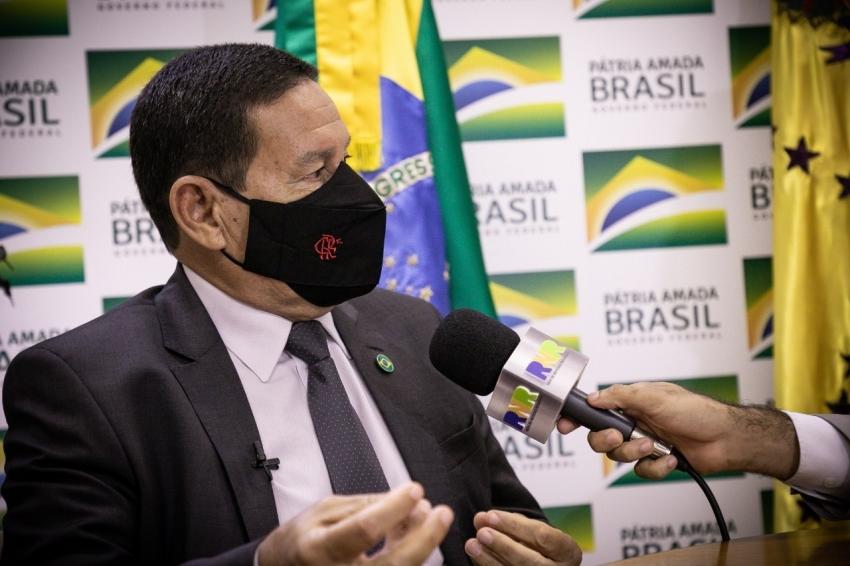 Em entrevista, vice-presidente Hamilton Mourão fala do Brasil e suas complexidades