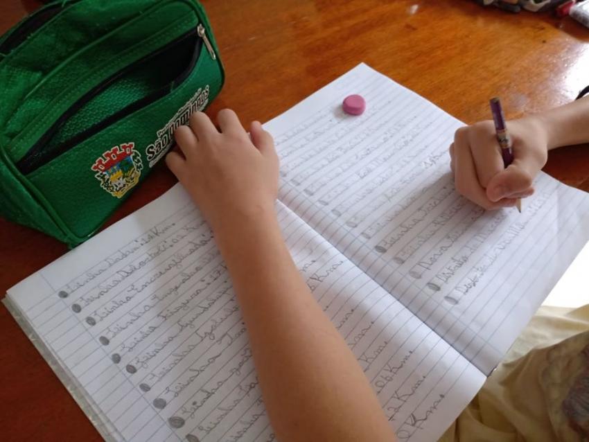 Governo do Estado detalha plano para preparar escolas para retorno das atividades presenciais