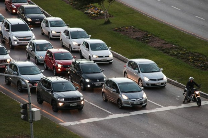 Pagamento parcelado de IPVA de veículos com placas final 1 vence no dia 11 de janeiro
