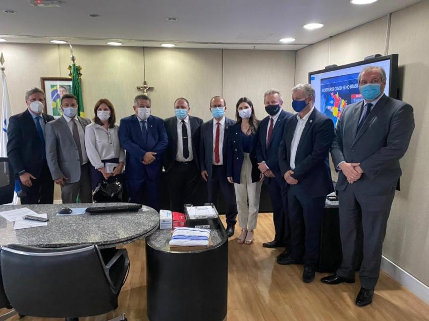 Prefeito de Chapecó pede vacina e ampliação de leitos ao ministro da Saúde