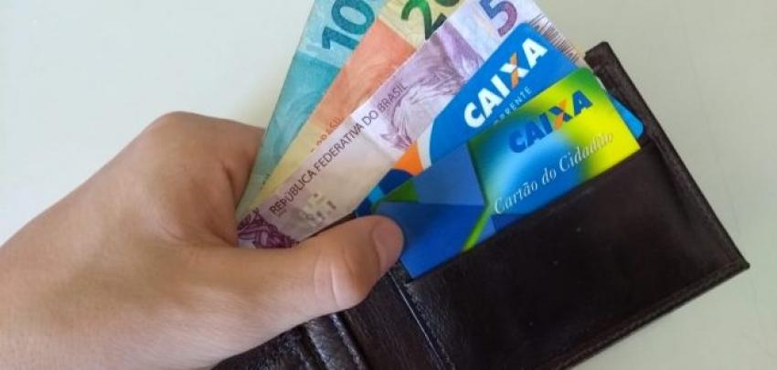 Caixa credita auxílio emergencial para 4,1 milhões nascidos em agosto