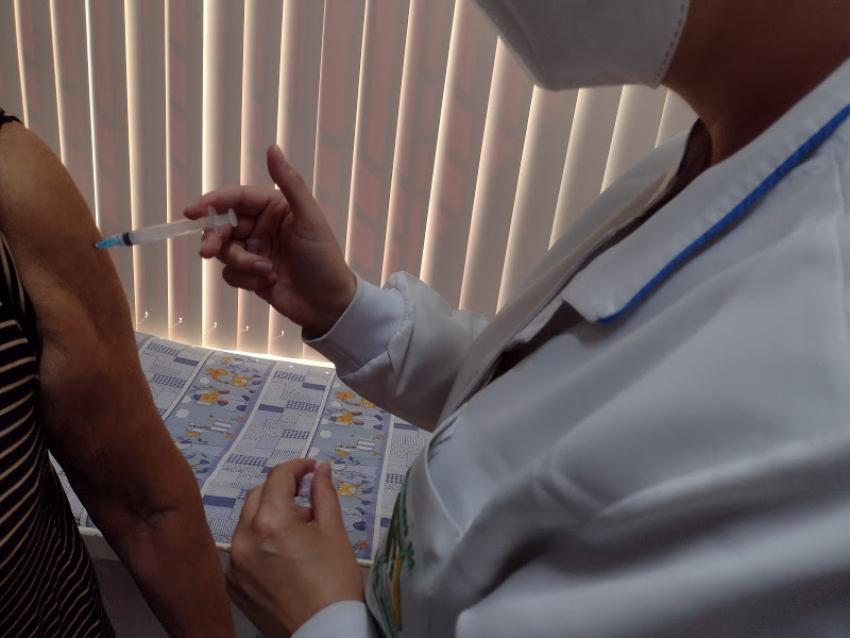 Vacinação contra Covi-19 neste sábado em São Domingos