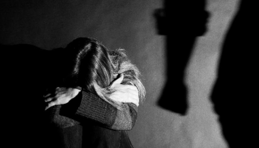 Tribunal do Júri condena homem reclusão e pagamento de indenização à vítima por tentativa de feminicídio