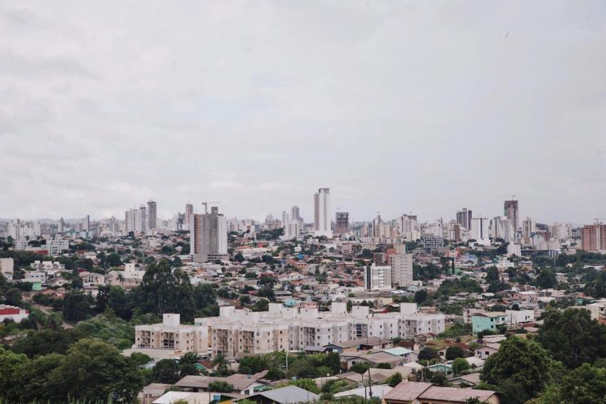 Prefeito anuncia toque de recolher e fechamento do comércio em Chapecó