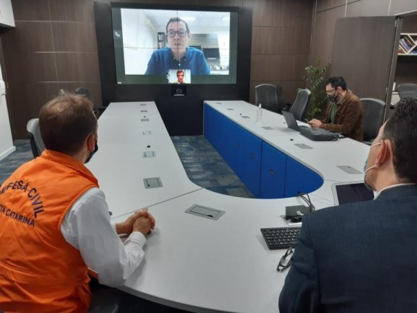 Defesa Civil e Acaert estudam parceria para ampliar a divulgação dos alertas meteorológicos