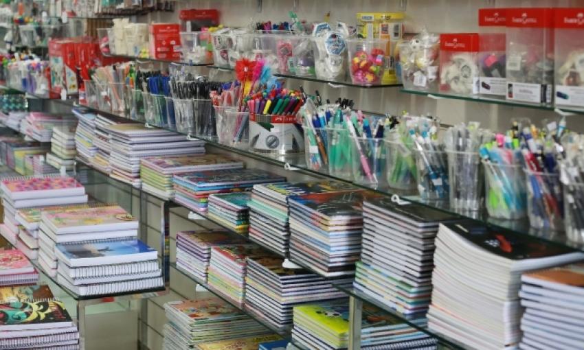 Procon/SC constata diferença de até 699% no preço do material escolar e dá dicas para economizar