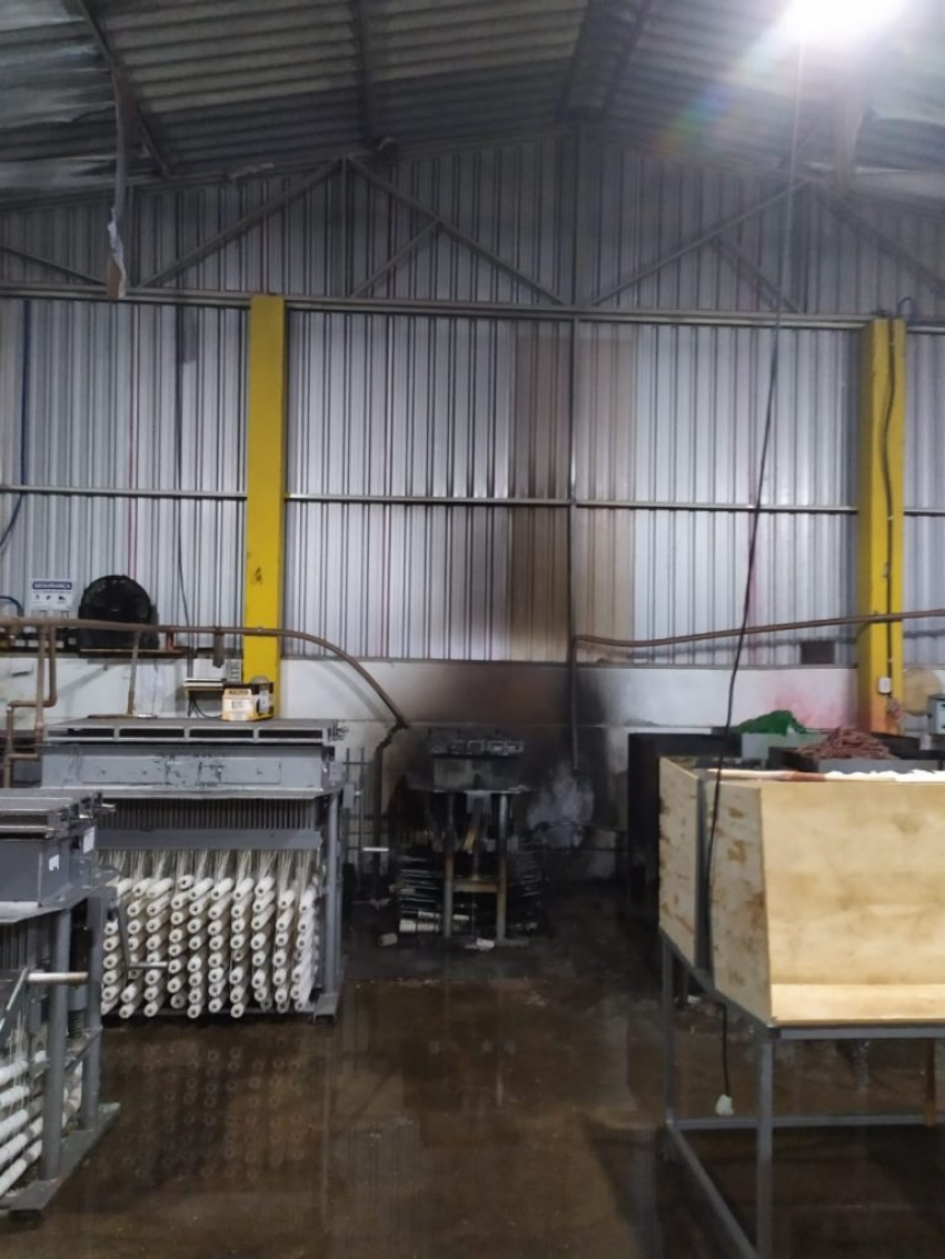 Princípio de incêndio é registrado em fábrica de velas no Oeste de SC