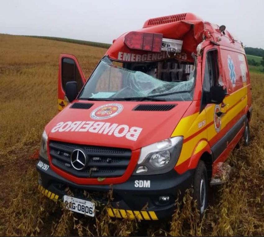 """Família de bombeiro envolvido em acidente com viatura em São Domingos faz """"vakinha"""" para comprar carro adaptado"""