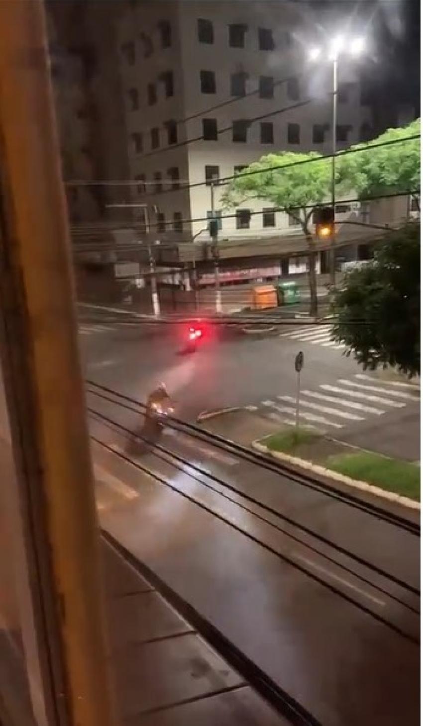Perseguição e tiros durante a madrugada em Chapecó