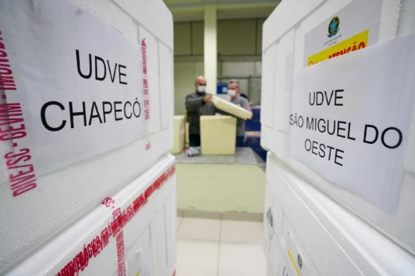 Estado oferece suporte aos municípios para atualizar registros de doses aplicadas