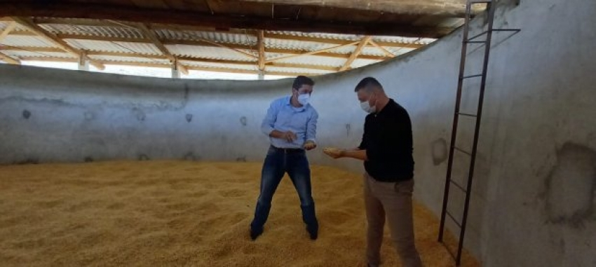 Santa Catarina incentiva investimentos para armazenagem de grãos em pequenas propriedades rurais