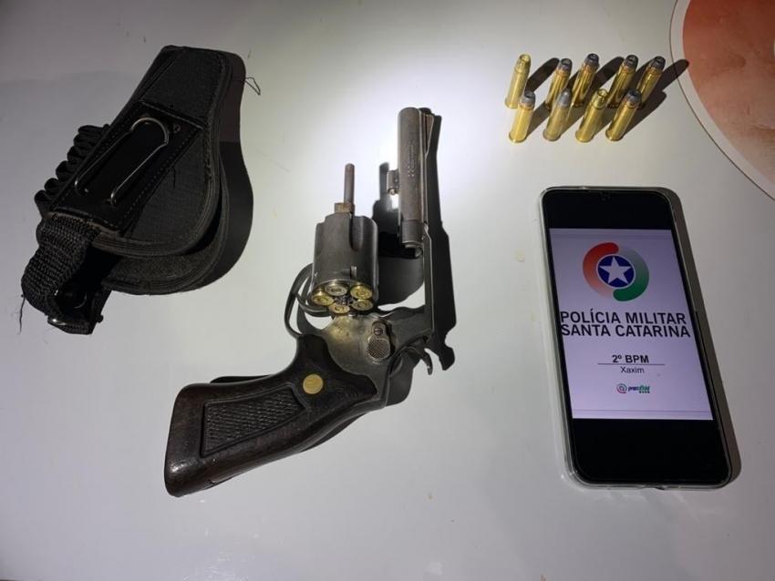 Homem é preso por porte ilegal de arma de fogo em Xaxim