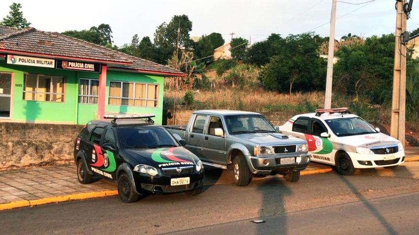 Polícia Civil e Polícia Militar recuperam veículo furtado em Jupiá